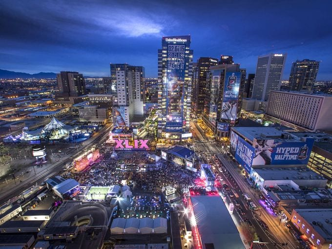 Downtown Phoenix was the epicenter of Super Bowl fan activities in 2015. (Photo: azcentral.com)