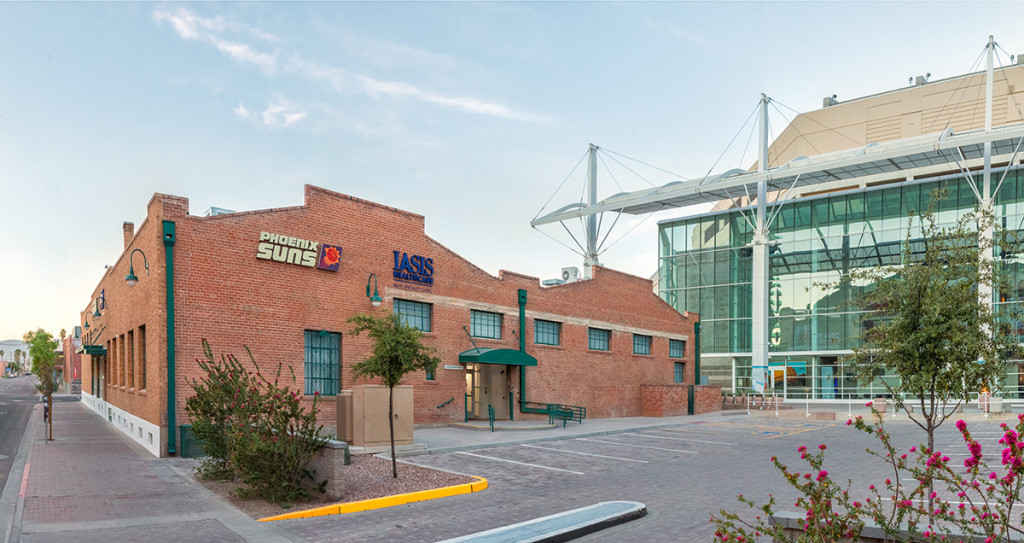The entrance to IASIS Healthcare, a new multi-specialty clinic located on Third and Buchanan streets next to Talking Stick Resort Arena. (Photo courtesy: IASIS Healthcare)