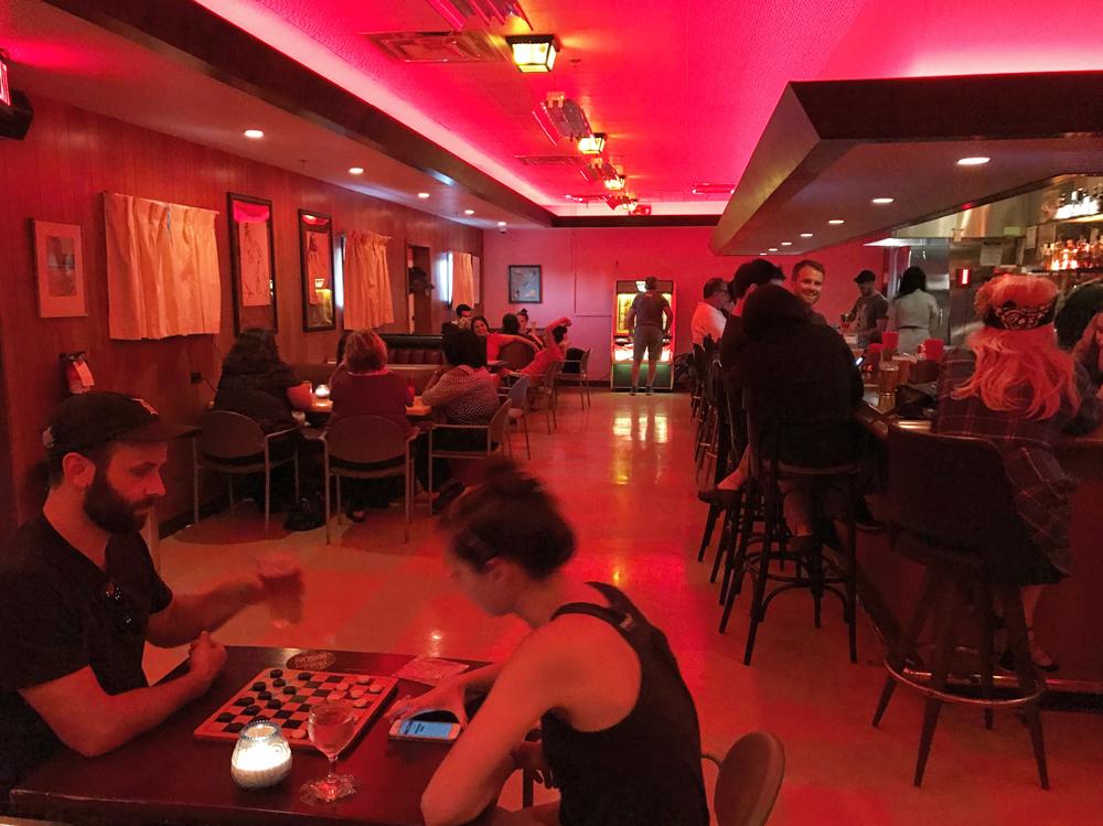 gracies-tax-bar-interior