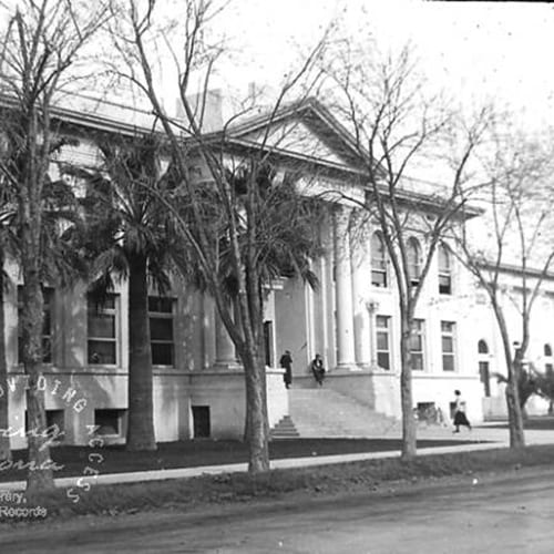 Phoenix Union High School's domestic arts, science and auditorium buildings were constructed.