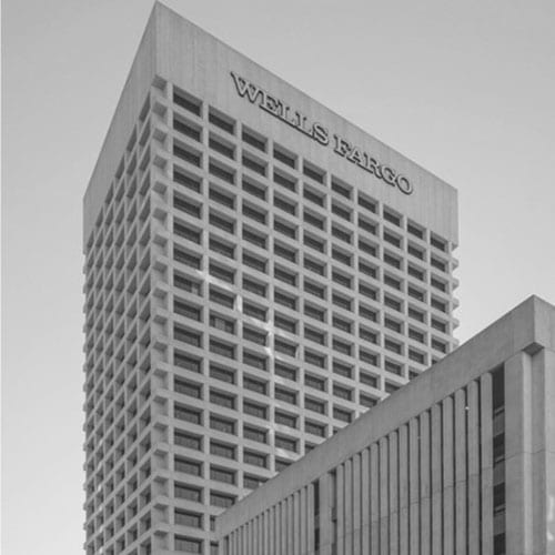 The First National Bank Plaza was built on the northwest corner of Washington Street and First Avenue.